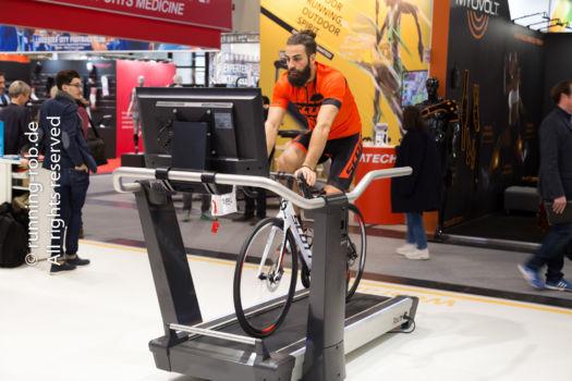ISPO 2017 - Radfahren auf dem Laufband