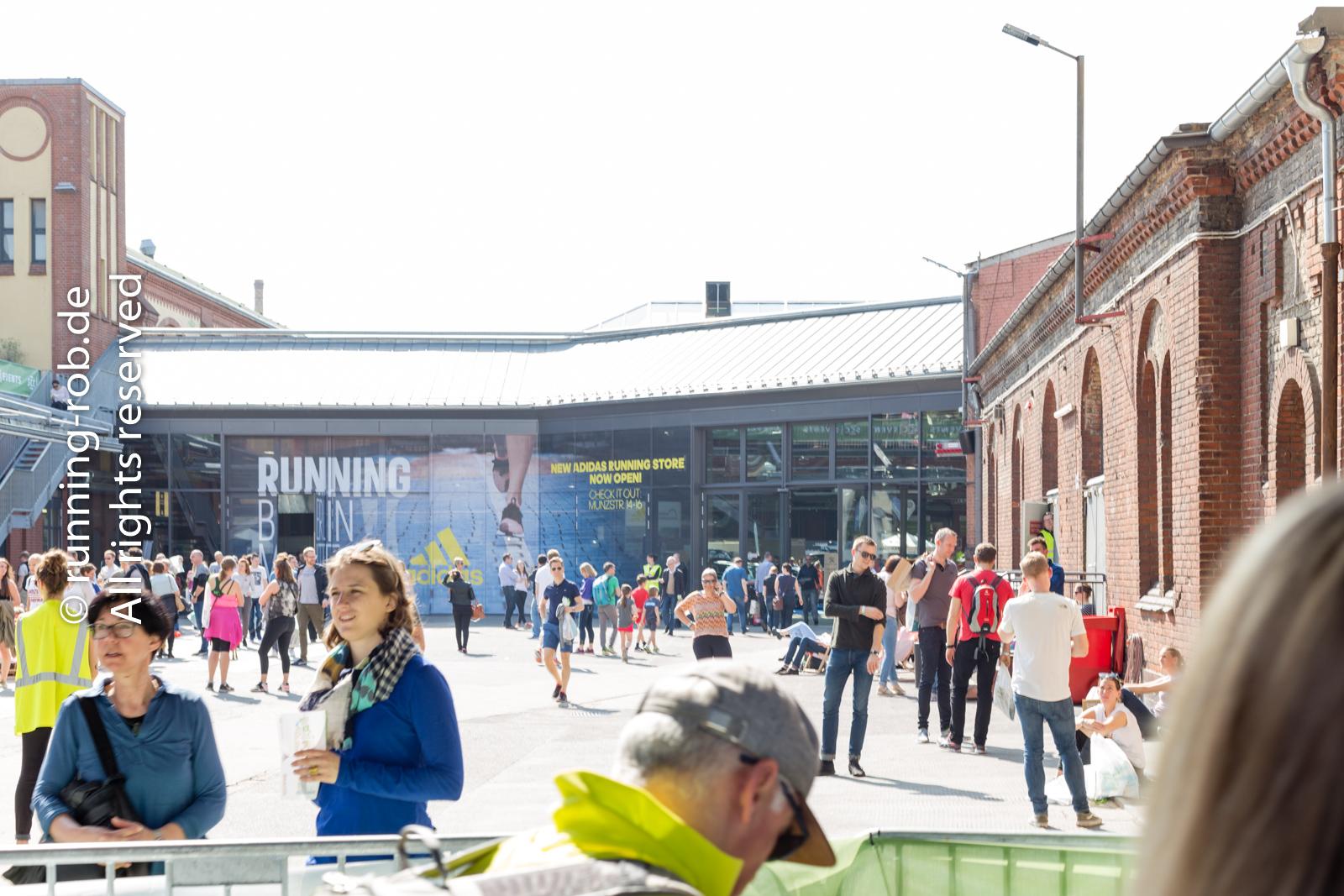 Berlin Marathonmesse draussen